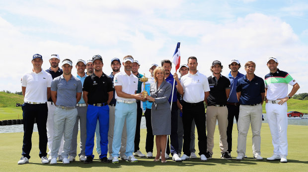 Nuala Walsh, Global Head of Marketing & Client Relations at Standard Life Investments, with the French European Tour players during a visit to Le Golf National (Getty Images)