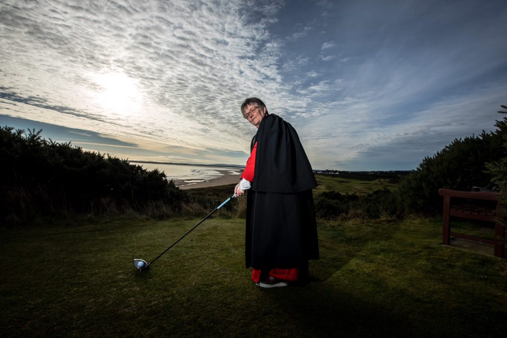 Rev Susan Brown – teeing up to drive on the 7th hole (Paul Campbell/Church of Scotland)