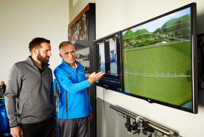 TPEGS Director of Coaching Gary Nicol delivering a coaching experience at The Archerfield Performance Centre