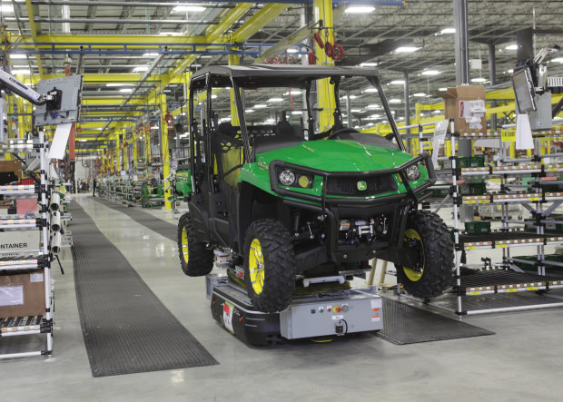Horicon factory_John Deere Gator production