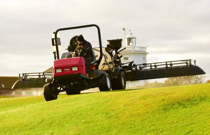 Course manager Mark Heveran has found the MultiPro's shrouded boom option provides 75 percent more opportunities to spray
