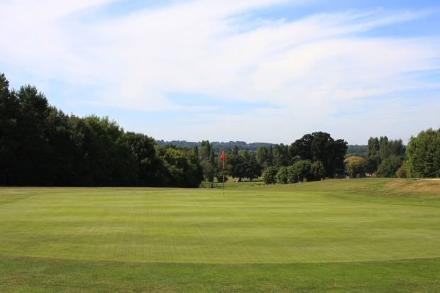 Dudsbury GC reaps the rewards after switching to ICL granular fertilizers