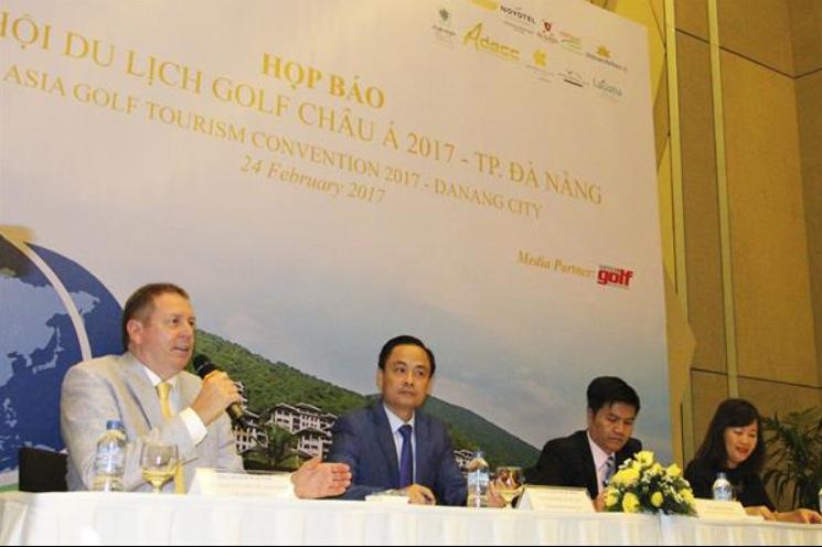 from left - Mr. Peter Walton CEO IAGTO - Mr. Nguyen Xuan Binh deputy director Danang tourism department - Mr. Ngo Quang Vinh Director of Danang tourism department - Ms. Vu Van Yen deputy editor of Vietnam Golf Magazine